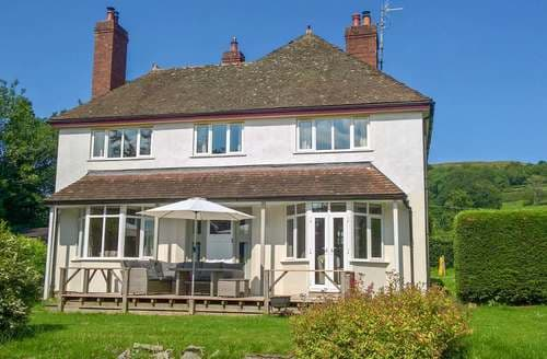 Last Minute Cottages - Captivating Church Stoke Cottage S37858