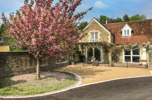 Last Minute Cottages - Rectory Coach House