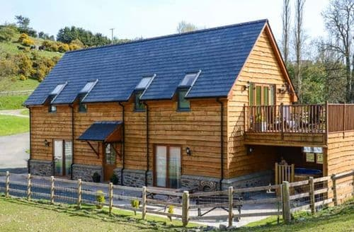 Last Minute Cottages - Brynhir Farm