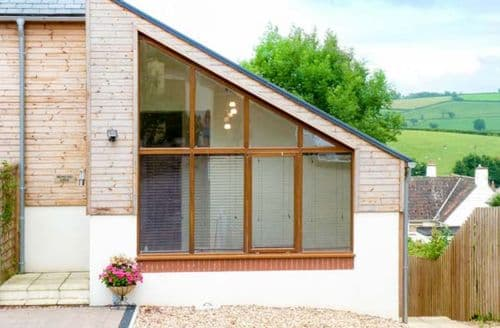 Last Minute Cottages - Wonderful Bradninch Lodge S37588