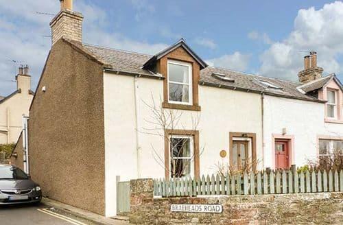 Last Minute Cottages - 1 Blinkbonny Cottages