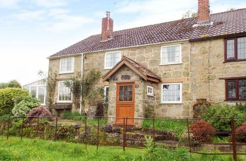 Last Minute Cottages - Captivating South Somerset Cottage S81550