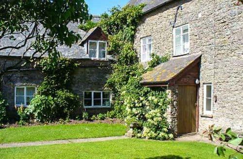 Last Minute Cottages - Bluebell Cottage