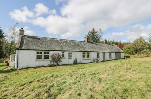 Last Minute Cottages - Glenwharrie Cottage