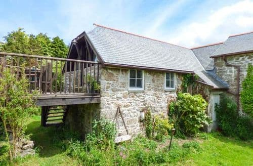 Last Minute Cottages - Gorgeous Mabe Cottage S38086