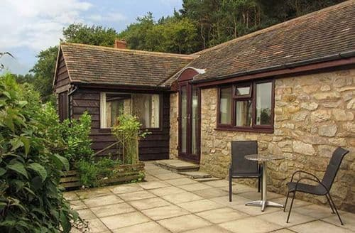 Last Minute Cottages - Burrows End