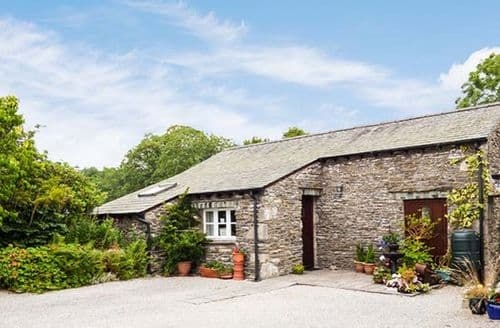 Last Minute Cottages - Topiary Cottage