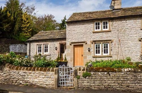 Last Minute Cottages - Rose Cottage