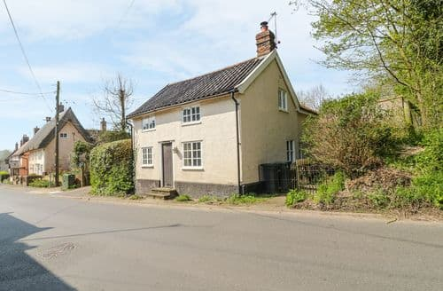 Last Minute Cottages - Quaint Hoxne Cottage S37110
