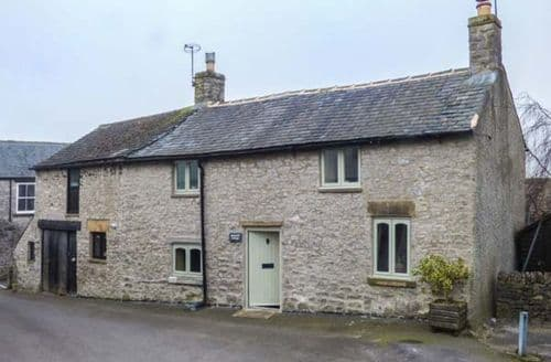 Last Minute Cottages - Inviting Tideswell Cottage S79798
