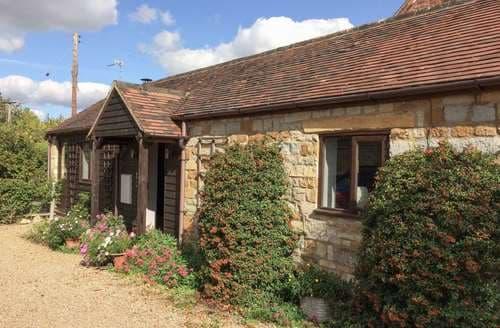 Last Minute Cottages - Distillers Cottage