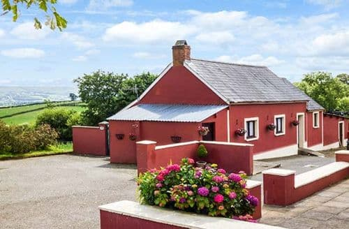Last Minute Cottages - Hen Dy Pair
