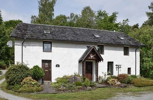 Big Cottages - Beautiful Invergarry Cottage S37955