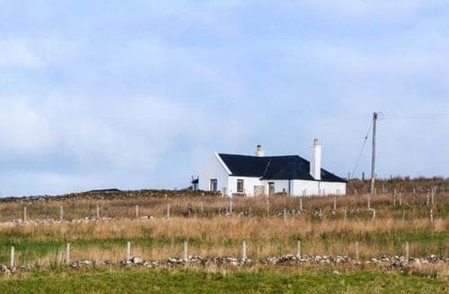 Last Minute Cottages - Attractive Uig Cottage S73298