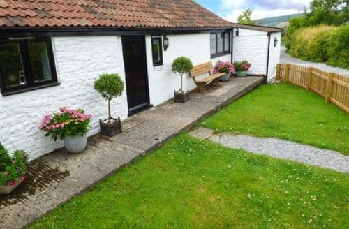 Last Minute Cottages - Captivating Winscombe Cottage S37827