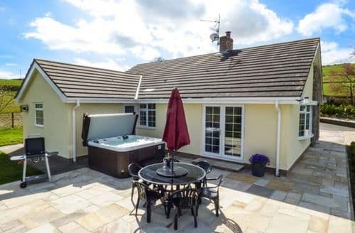 Last Minute Cottages - Inviting Betws Yn Rhos Cottage S50460