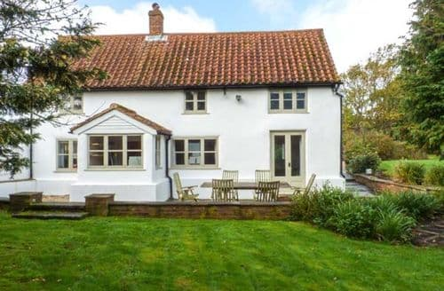 Last Minute Cottages - The White Cottage