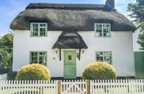 Last Minute Cottages - Thatchings