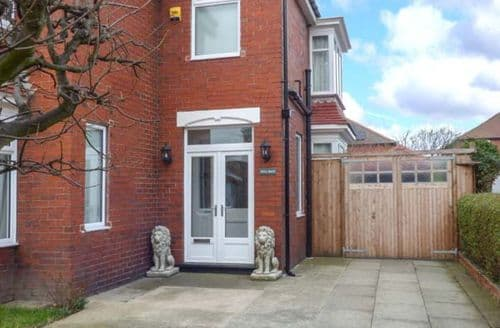 Big Cottages - Splendid Redcar Cottage S46022