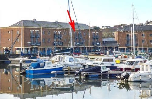Last Minute Cottages - Splendid Milford Haven Apartment S44789