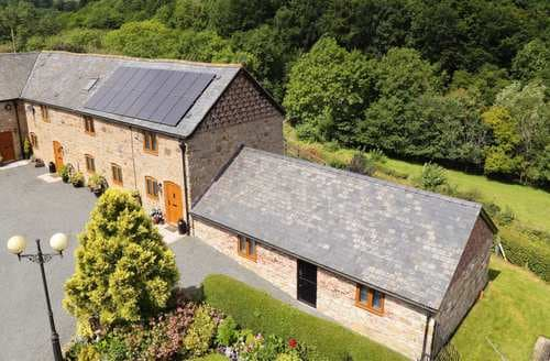 Last Minute Cottages - Adorable Weston Rhyn Cottage S73339