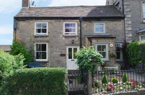 Last Minute Cottages - Luxury Middleham Cottage S43496