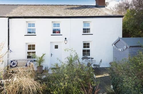 Last Minute Cottages - Delightful Aberporth Cottage S45358