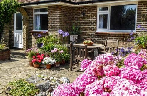 Last Minute Cottages - Herbrand House