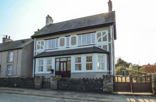 Last Minute Cottages - Minffordd