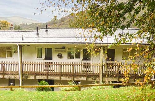 Last Minute Cottages - Cosy Bryn Crug Cottage S43089