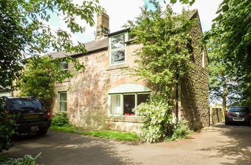 Last Minute Cottages - Vicarage Cottage