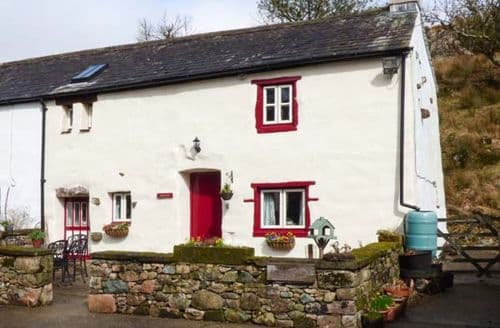 Last Minute Cottages - Tasteful Seascale Cottage S49776