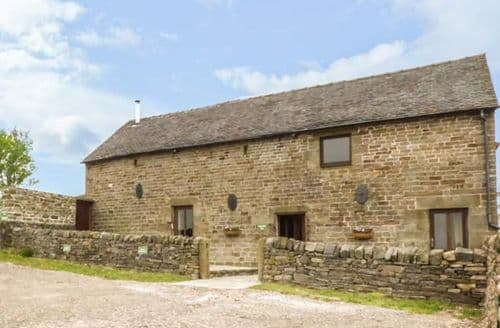 Last Minute Cottages - Highfields Barn