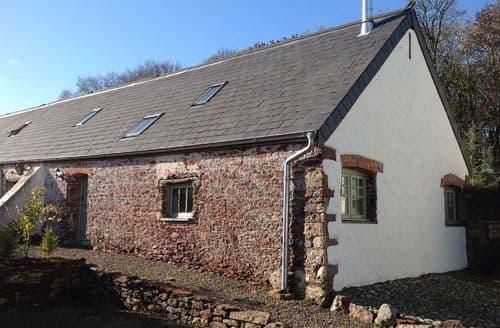 Last Minute Cottages - Delightful Hundleton Cottage S44144