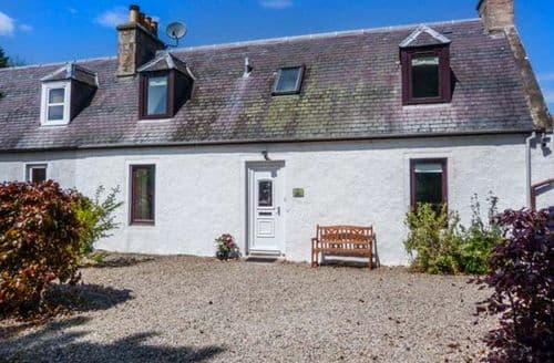 Last Minute Cottages - Quaint Nairn Cottage S57557