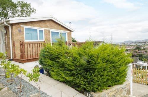 Last Minute Cottages - Delightful Penrhyn Bay Cottage S83307