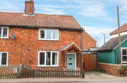 Last Minute Cottages - Easter Cottage 3 Hunstanton Road
