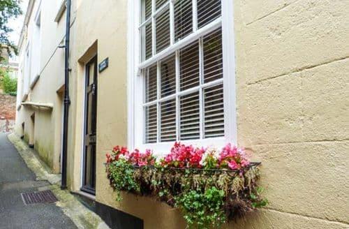 Last Minute Cottages - Excellent Hythe Cottage S50125