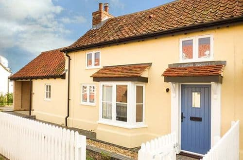 Last Minute Cottages - Gorgeous Friston Cottage S44669