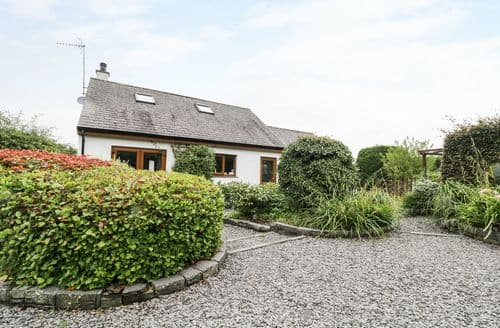 Last Minute Cottages - Luxury Torver Cottage S46031