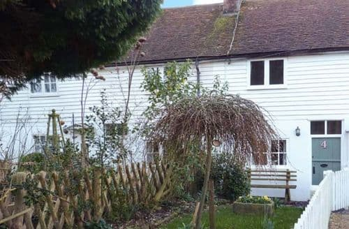 Last Minute Cottages - Lovely Beckley Cottage S44785