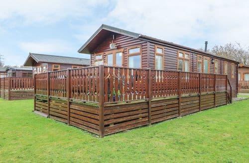 Last Minute Cottages - Excellent Tewitfield Lodge S49890