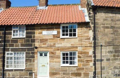 Last Minute Cottages - Luxury Guisborough Cottage S58125