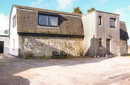 Last Minute Cottages - Easter Cullachie Steading