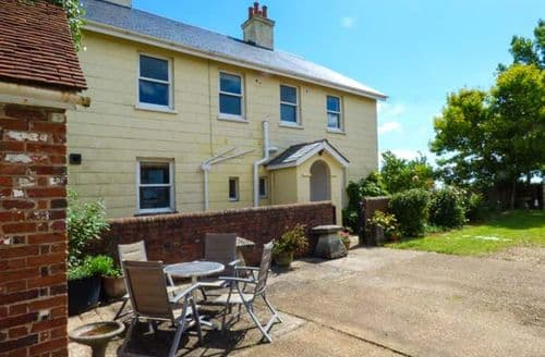 Last Minute Cottages - Somerton Farm