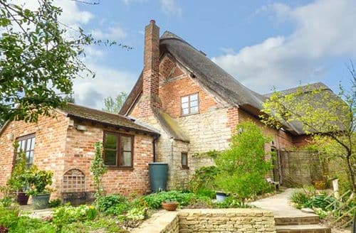 Last Minute Cottages - Exquisite Bredons Norton Cottage S76770