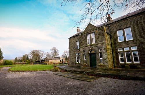 Last Minute Cottages - Ridge Hall