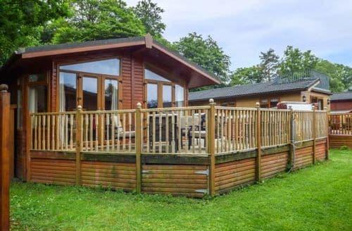 Last Minute Cottages - Delightful Troutbeck Bridge Lodge S49669