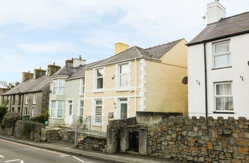 Big Cottages - Stunning Benllech Cottage S89031