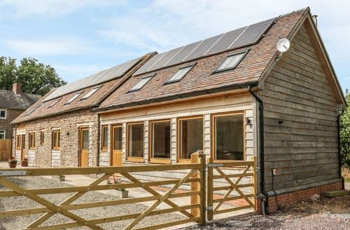 Last Minute Cottages - The Cow Byre, Heath Farm